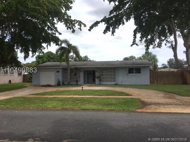 5251 4th St, Plantation, FL 33317 (MLS #H10490883) :: Green Realty Properties