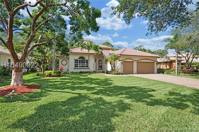 7103 71st Mnr, Parkland, FL 33067 (MLS #H10490922) :: Green Realty Properties