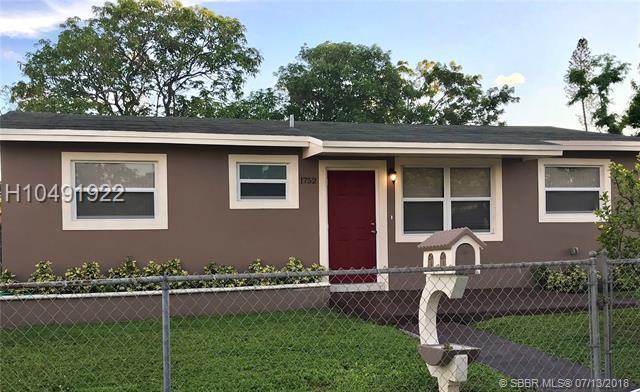 1752 51st Ter, Miami, FL 33142 (MLS #H10491922) :: Green Realty Properties