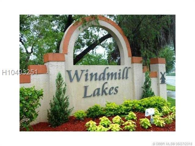 365 86th Ave #208, Pembroke Pines, FL 33025 (MLS #H10493251) :: Green Realty Properties