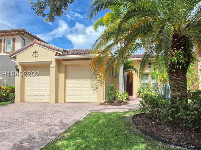 8240 105th Ln, Parkland, FL 33076 (MLS #H10493392) :: Green Realty Properties