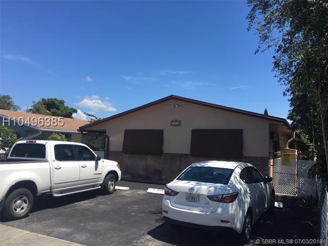 1919 Liberty St, Hollywood, FL 33020 (MLS #H10496385) :: Green Realty Properties