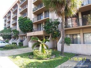 16751 9th Ave #401, North Miami Beach, FL 33162 (MLS #H10497121) :: Green Realty Properties
