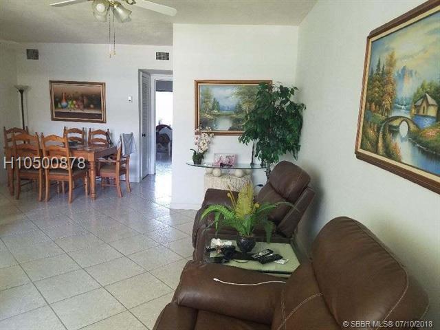 121 204th St #4, Miami, FL 33179 (MLS #H10500878) :: Green Realty Properties