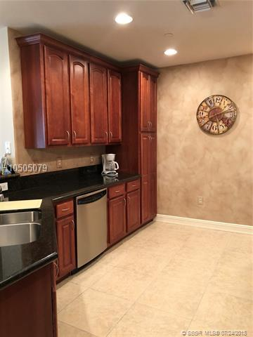 16101 Emerald Estates Dr #453, Weston, FL 33331 (MLS #H10505079) :: Green Realty Properties