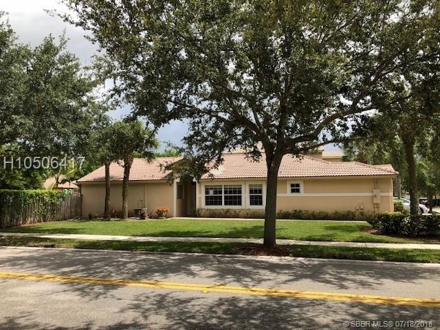4150 Sapphire Terr, Weston, FL 33331 (MLS #H10506417) :: Green Realty Properties