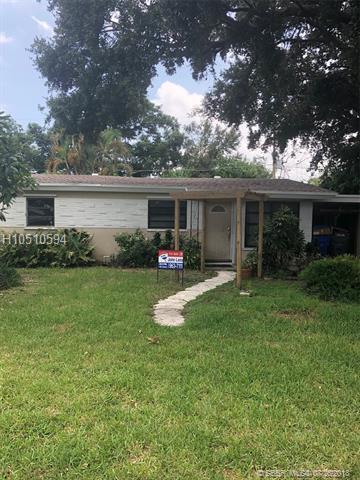 5720 Raleigh St, Hollywood, FL 33021 (MLS #H10510594) :: Green Realty Properties