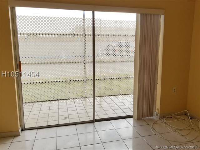 Lauderdale Lakes, FL 33311 :: Green Realty Properties