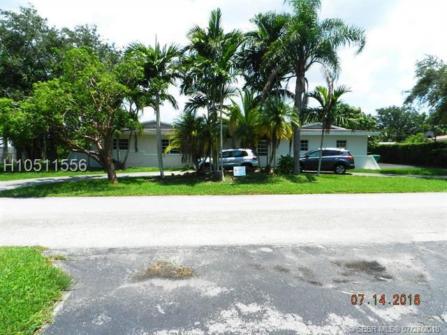 8255 92nd St, Miami, FL 33156 (MLS #H10511556) :: Green Realty Properties