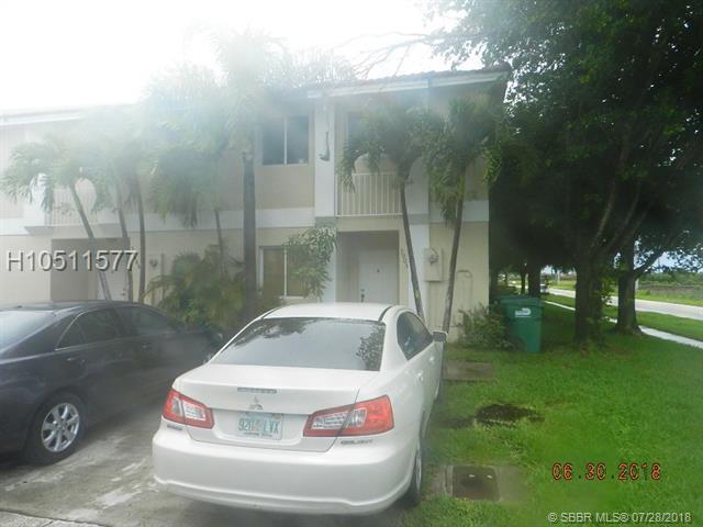 13905 177th Ter, Miami, FL 33177 (MLS #H10511577) :: Green Realty Properties