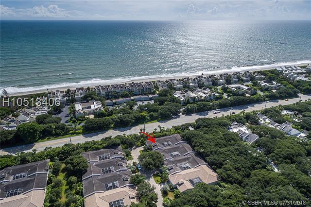 8489 Oak Leaf Ln, Indian River Shores, FL 32963 (MLS #H10513406) :: Green Realty Properties