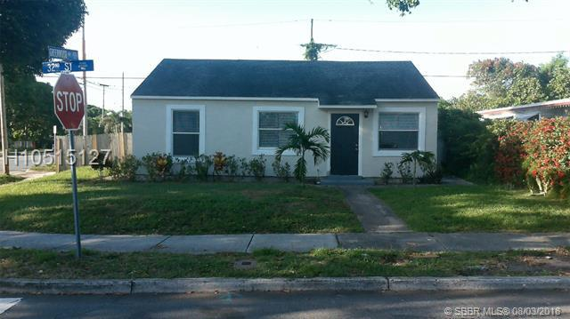 800 32nd St, West Palm Beach, FL 33407 (MLS #H10515127) :: Green Realty Properties