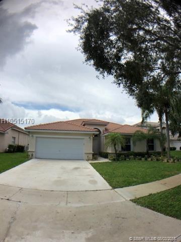 2328 187th Ave, Pembroke Pines, FL 33029 (MLS #H10515170) :: Green Realty Properties
