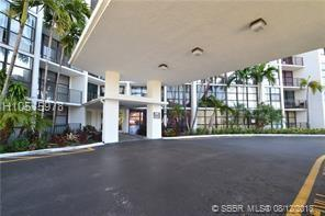 800 Parkview Dr #201, Hallandale, FL 33009 (MLS #H10515978) :: Green Realty Properties