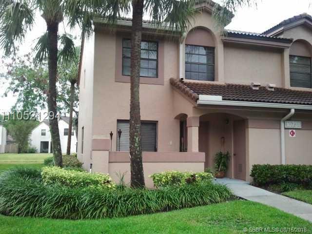 10731 14th St #275, Plantation, FL 33322 (MLS #H10521294) :: Green Realty Properties