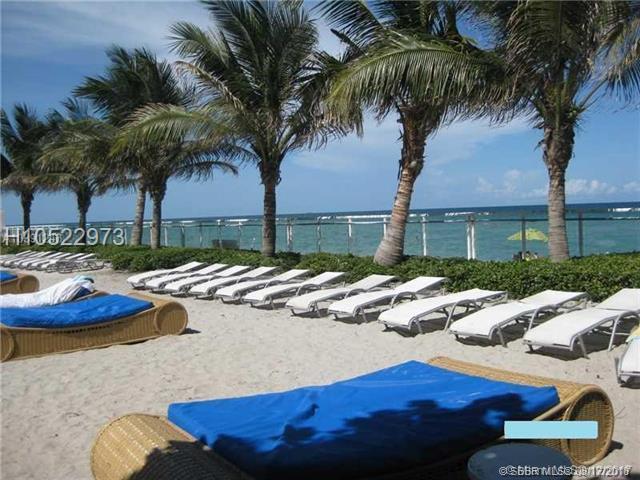 3001 Ocean Dr #1019, Hollywood, FL 33019 (MLS #H10522973) :: Green Realty Properties