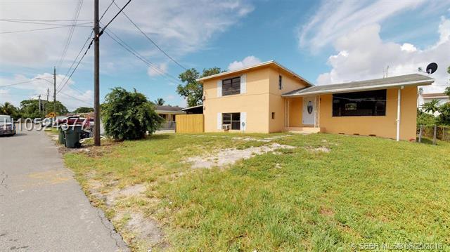 720 7th Ter, Hallandale, FL 33009 (MLS #H10524377) :: Green Realty Properties