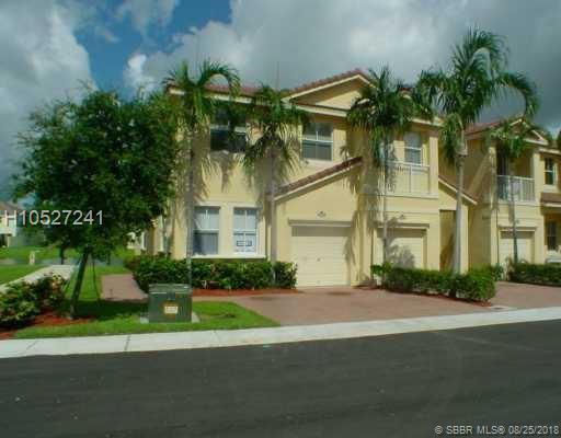 2207 Shoma Dr #50, Royal Palm Beach, FL 33414 (MLS #H10527241) :: Green Realty Properties