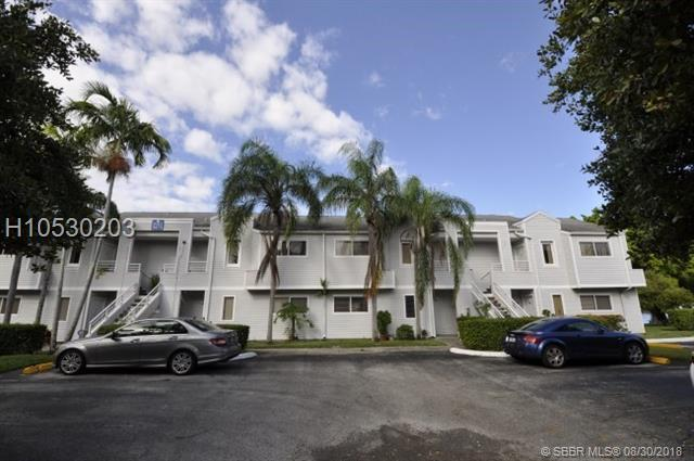3405 44th St #103, Lauderdale Lakes, FL 33309 (MLS #H10530203) :: Green Realty Properties