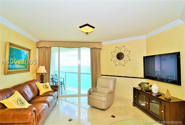 16699 Collins Ave #3809, Sunny Isles Beach, FL 33160 (MLS #H10532865) :: Green Realty Properties