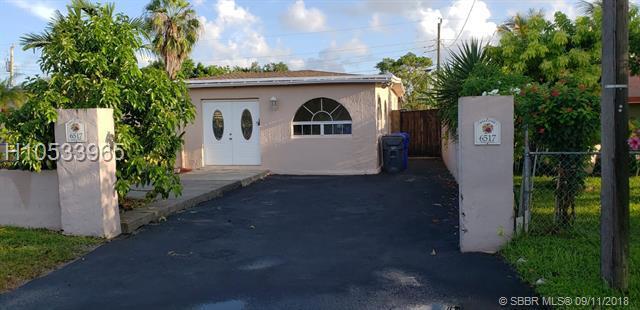 6517 Mayo St, Hollywood, FL 33023 (MLS #H10533965) :: Green Realty Properties