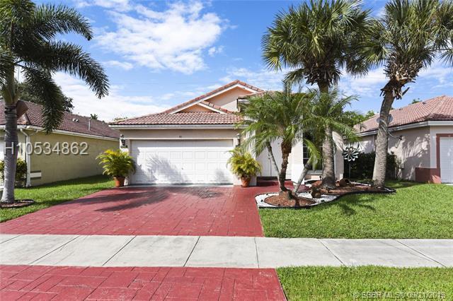 40 Gables Blvd, Weston, FL 33326 (MLS #H10534862) :: Green Realty Properties