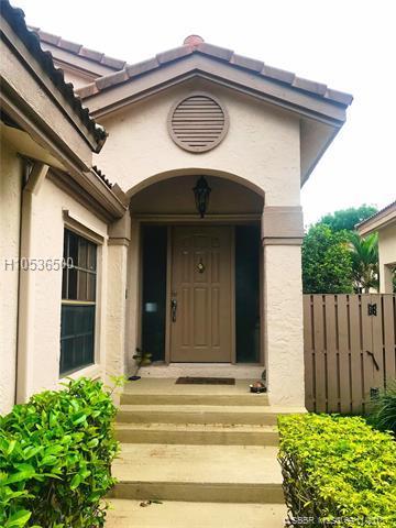 10340 17th Pl, Plantation, FL 33322 (MLS #H10536500) :: Green Realty Properties