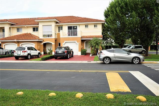 5771 162nd Ct, Miami, FL 33193 (MLS #H10541934) :: Green Realty Properties