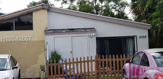 4558 185th St, Miami Gardens, FL 33055 (MLS #H10542657) :: Green Realty Properties