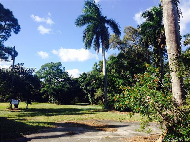 1500 7th St, Dania Beach, FL 33004 (MLS #H10544256) :: Green Realty Properties