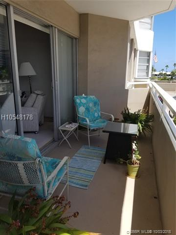 1965 Ocean Dr 2E, Hallandale, FL 33009 (MLS #H10548178) :: Green Realty Properties
