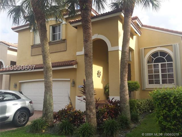 15622 16TH ST, Pembroke Pines, FL 33027 (MLS #H10550607) :: Green Realty Properties
