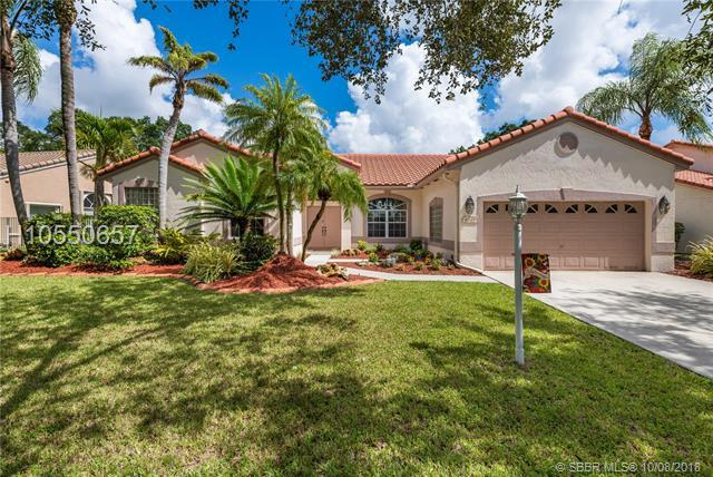 4045 Augusta Ave, Cooper City, FL 33026 (MLS #H10550657) :: RE/MAX Presidential Real Estate Group