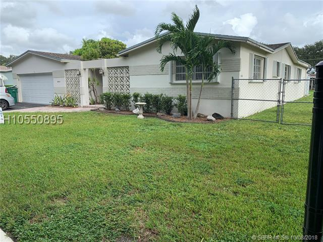 8861 49th Ct, Cooper City, FL 33328 (MLS #H10550895) :: RE/MAX Presidential Real Estate Group