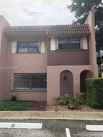 21 Madrid Ln 4-12, Davie, FL 33324 (MLS #H10551957) :: Green Realty Properties