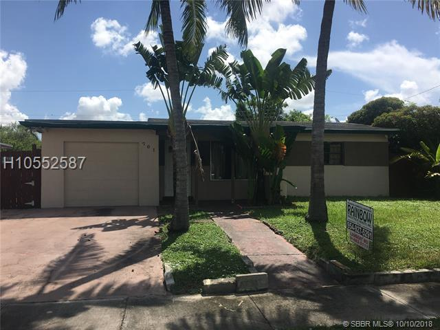 701 74th Ave, Hollywood, FL 33024 (MLS #H10552587) :: Green Realty Properties
