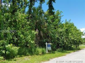2902 Lucerne, Port St. Lucie, FL 34953 (MLS #H10553633) :: Green Realty Properties