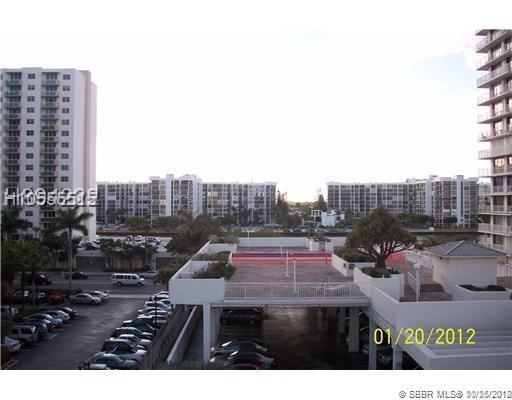3000 Ocean Dr #1412, Hollywood, FL 33019 (MLS #H10555515) :: Green Realty Properties