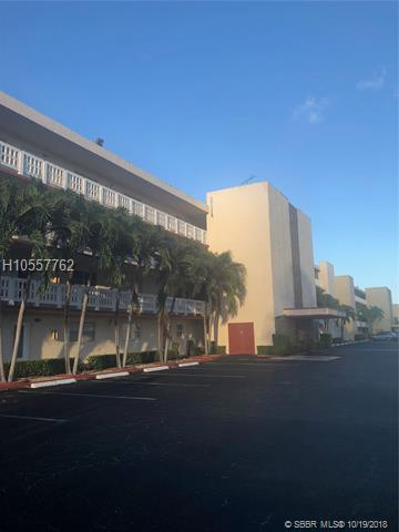 201 11th Ter #404, Dania Beach, FL 33004 (MLS #H10557762) :: Green Realty Properties