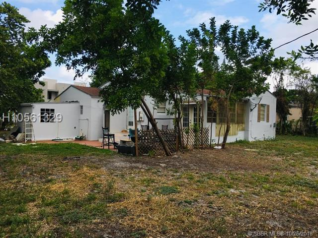 2012 Adams St, Hollywood, FL 33020 (MLS #H10561329) :: Green Realty Properties