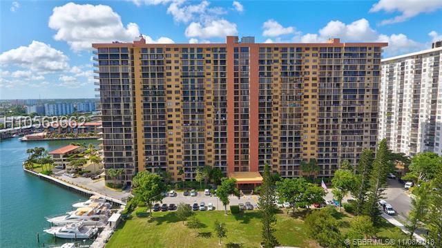 290 174th St #2309, Sunny Isles Beach, FL 33160 (MLS #H10568662) :: Green Realty Properties