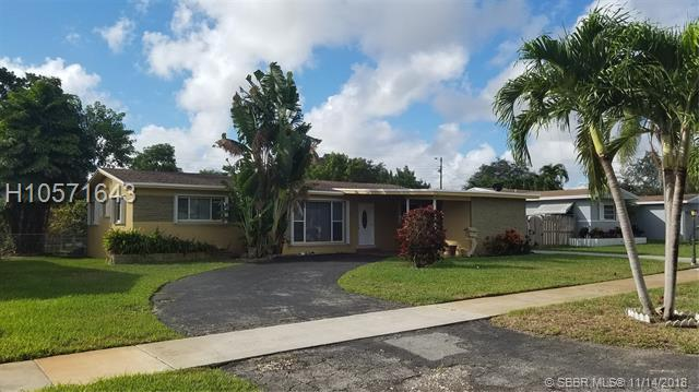3912 Cleveland St, Hollywood, FL 33021 (MLS #H10571643) :: Green Realty Properties