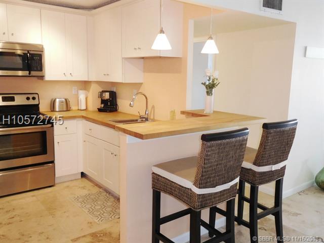 1913 Ocean Dr #220, Hallandale, FL 33009 (MLS #H10572745) :: Green Realty Properties