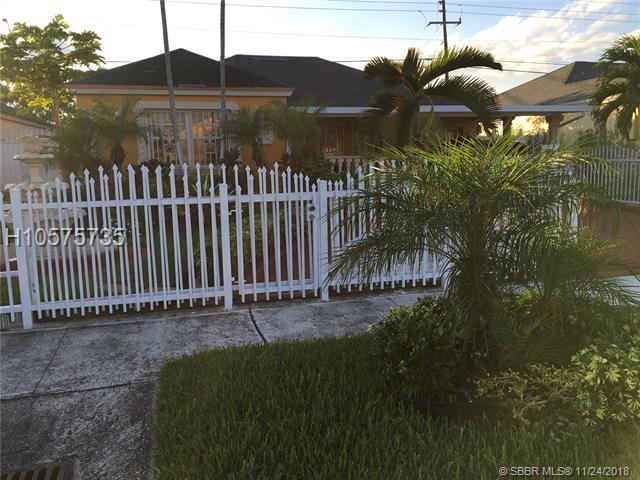 20136 36th Ct, Miami Gardens, FL 33056 (MLS #H10575735) :: Green Realty Properties