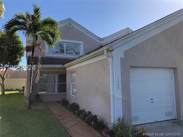 1445 124th Ave #1445, Pembroke Pines, FL 33026 (MLS #H10582924) :: Green Realty Properties