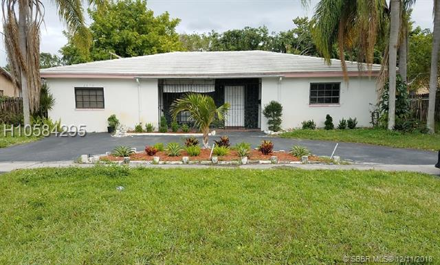 2070 47th Ave, Lauderhill, FL 33313 (MLS #H10584295) :: Green Realty Properties