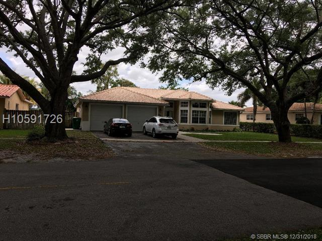 8971 SW 52nd St, Cooper City, FL 33328 (MLS #H10591726) :: RE/MAX Presidential Real Estate Group