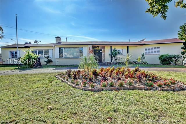 1502 SW 3rd Ave, Dania Beach, FL 33004 (MLS #H10595445) :: RE/MAX Presidential Real Estate Group