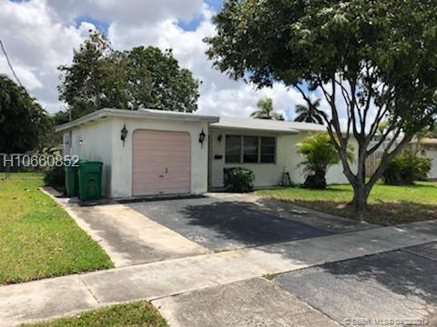 5240 SW 92nd Ter, Cooper City, FL 33328 (MLS #H10660852) :: RE/MAX Presidential Real Estate Group