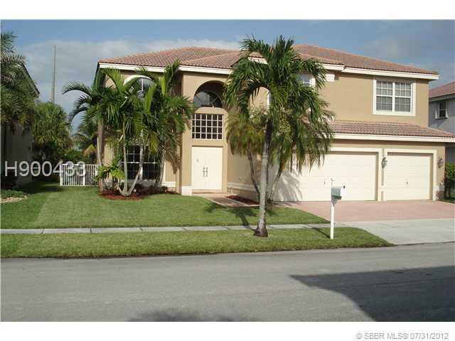 3241 173RD TE, Miramar, FL 33029 (MLS #H900433) :: Green Realty Properties